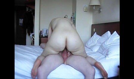 Erotico filmati gay amatoriali italiani e dolce Spogliarello Masturbazione