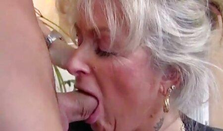 La donna ha chiesto di chiamare porno filmini privati un amico