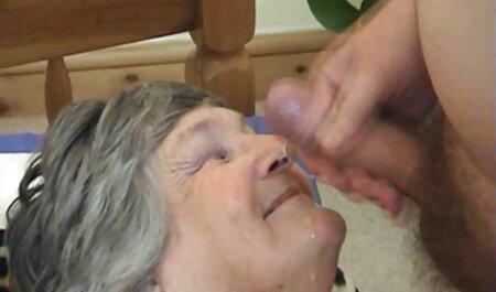Bellissimo biondo video hard amatoriali fatti in casa maschio fed con sperma