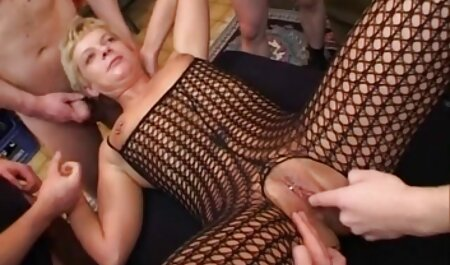 Giovane Latina con grande bellissimo bottino Julianna Vega video amatoriale vecchie troie