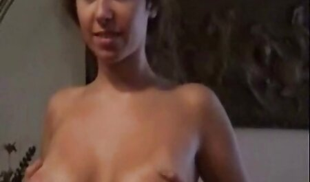 Breve infermiera pornovideo amatoriali gratis assolo