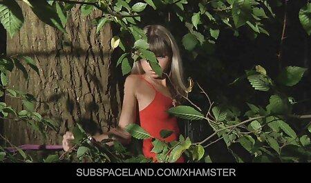 Bellissimo video sex casalinghi russo porno con un snello modello