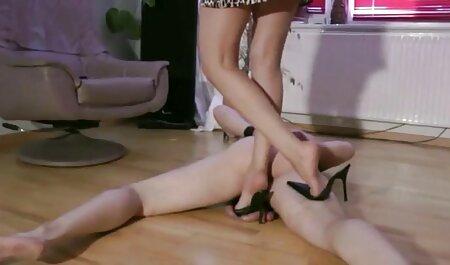 Il foro anale elastico развратниц pronto per il dolore amatoriali erotici durante il rapporto sessuale