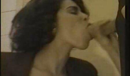 Infermiera filme porno amatoriale in prigione succhia il prigioniero
