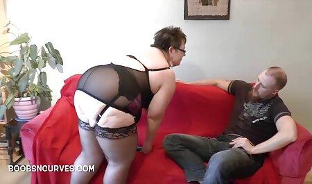 Babe in maschera succhia tettona video amatoriale il cazzo Swinger Pati