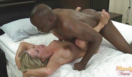 Bellissimo lesbica porno con giovane Kendra Sunderland video amatoriali spinti e Riley Reid