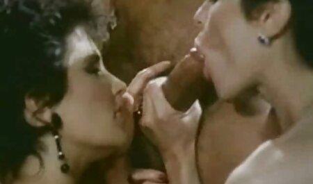Una selezione di banda video pornoamatoriali italiani stagnata con mostri
