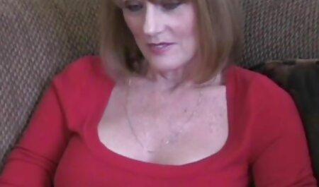 Bionda con le mani d'oro porn video amatoriali