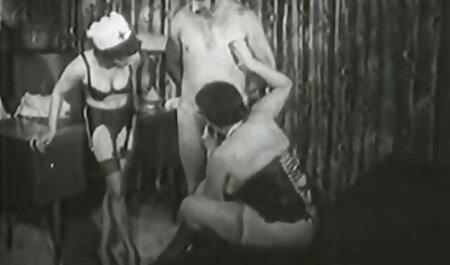 Sultry slut ha dato video amatoriali nonne in bagnato anale il ragazzo in nero suit