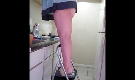 Uomo scopa nella vasca idromassaggio смуглую video porto amatoriali moglie e la sua amica