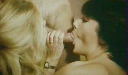 Бабульку video amatoriali erotici hanno due
