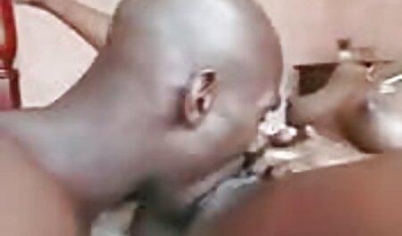 Donna matura dormito mentre barare video amatoriali mature con il suo amante