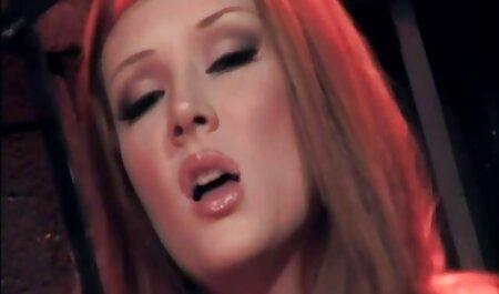 Una chiara Femmina Nathaly Cherie rinvigorisce la sua video amatoriale prostitute grotta 。