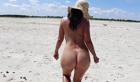 Giovane slut seduce il vicino di casa e succhia il suo video xxx amatoriale cazzo