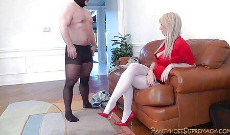 Sesso in macchina porno dilettanti gratis con Valentina Nappi